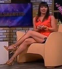 Sheila Capriolo gambe e cosce infinite – Casalotto 23.5.2017