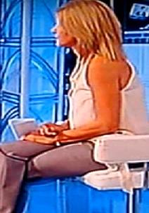 Elsa Di Gati Apprescindere 12.10.2011